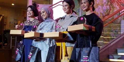 Radio 90.4 Cosmopolitan FM Rayakan Ulang Tahun Ke-16