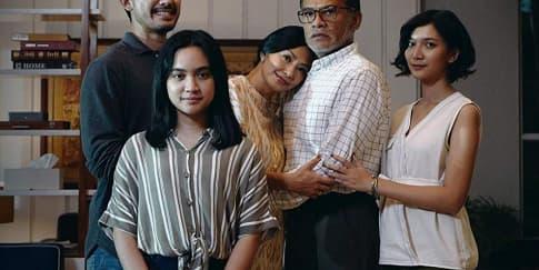 Review Film: 'Nanti Kita Cerita Tentang Hari Ini'