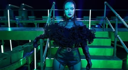 Rihanna Gelar Fashion Show Virtual, Ini 4 Fakta Menariknya