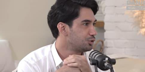 Reza Rahadian Cerita Pengalaman Hidup Jadi Trending