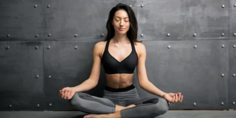 Selain Atasi Depresi, Ini 5 Manfaat Kesehatan dari Yoga