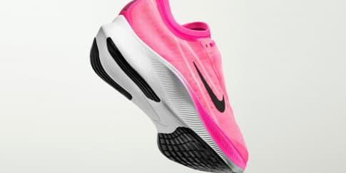 Sepatu 'Nike Zoom' Hadir Dalam Warna Pink Neon