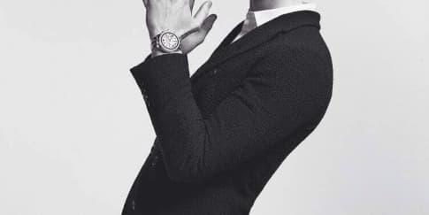 Shawn Mendes Jadi Wajah Baru Emporio Armani