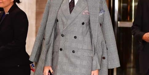 Spotted: Blake Lively Mengenakan Ralph Lauren