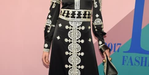 Spotted: Constance Jablonski Mengenakan Tory Burch