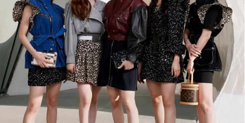 Spotted: Grup K-pop 'Itzy' Mengenakan Louis Vuitton