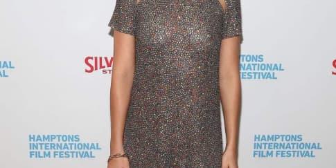 Spotted: Margot Robbie Mengenakan Dior