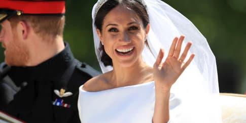 Spotted: Meghan Markle Mengenakan Perhiasan Cartier