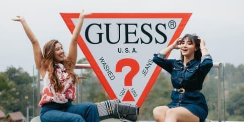 Tampil Memukau Dengan Koleksi Aksesori Terbaru Guess