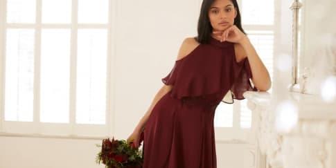 Tips Memilih Gaun yang Tepat untuk 'Bridesmaid'