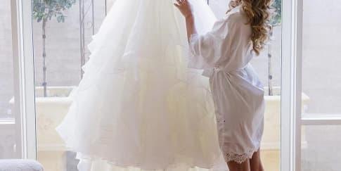 Trik Agar Gaun Pengantin Lebih Nyaman Dikenakan