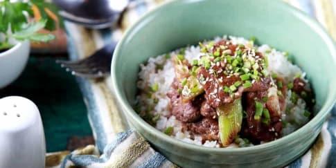 Trik Tetap Makan Nasi Putih Saat Diet Pengantin