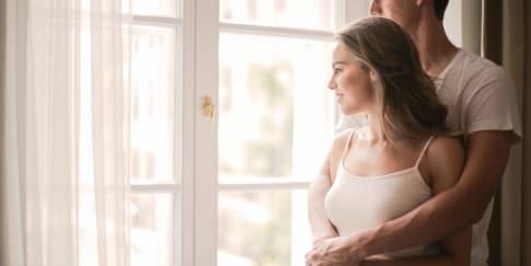 Cara Agar Pasangan Tidak Mudah Bosan Dalam Hubungan