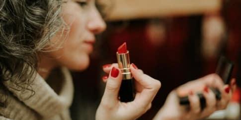 Warna Lipstik Untuk Kulit Sawo Matang Agar Terlihat Segar
