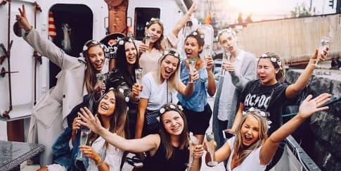 Waktu yang Salah untuk Mengadakan Bachelorette Party
