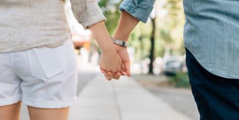 Waktu yang Tepat untuk Mengenalkan Pasangan ke Orangtua