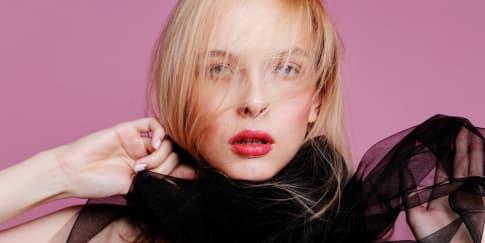 6 Rekomendasi Parfum Rambut Yang Wajib Tersedia Di Dalam Tas