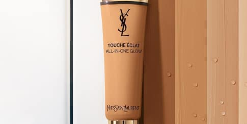 Ysl Hadirkan Pelembap Touche Eclat All In One Glow