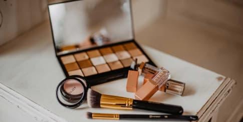 Ketahui Usia Pemakaian Skincare Dan Makeup