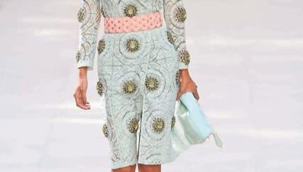 Tampil Anggun dengan Coat Dress
