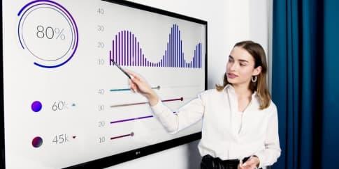 Peran Perempuan Membantu Ekonomi Keluarga