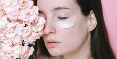 Inilah Alasan Eye Cream Kamu Tidak Bekerja Maksimal