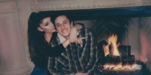Ariana Grande Dan Dalton Gomez Menikah Dengan Suasana Intim