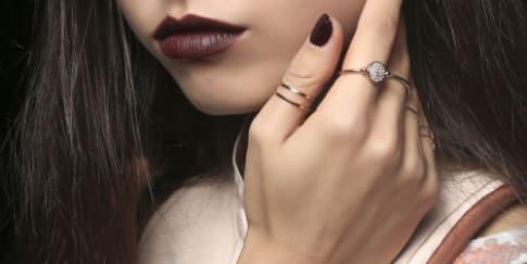 Tips Agar Lipstik Tahan Seharian
