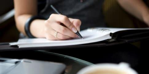 7 Cara Membaca Kepribadian dengan Tulisan