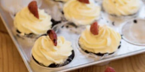Cara Membuat Strawberry Cheesecake Tanpa Panggangan
