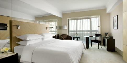 Berakhir Pekan di Sheraton Surabaya Hotel & Towers