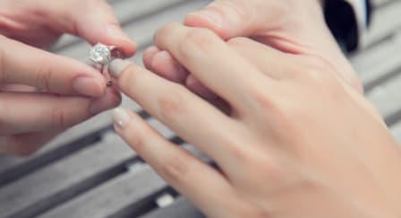 Lima Tanda Pernikahan Anda Harus Ditunda