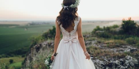 Tips Mendapatkan Rambut Berkilau Pada Hari Pernikahan