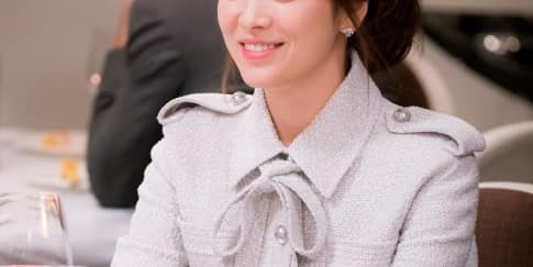 Spotted: Aktris Korea Song Hye Kyo Mengenakan Chanel
