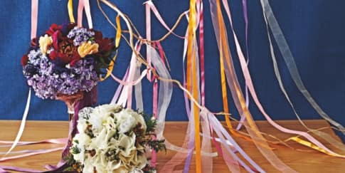 Inspirasi Hand Bouquet Bernuansa Bunga