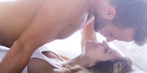 3 Posisi Foreplay yang Wajib Dicoba