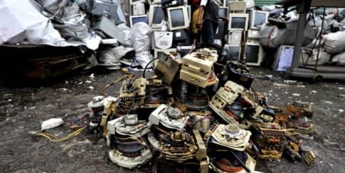 Daur Ulang Sampah Elektronik