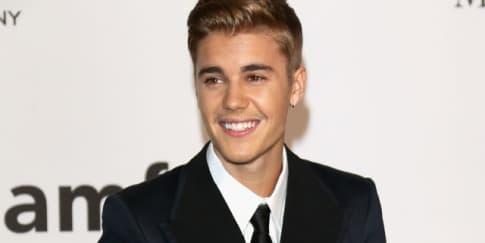 Justin Bieber, Kendall Jenner, Ariana Grande Lakukan Lip-sync!
