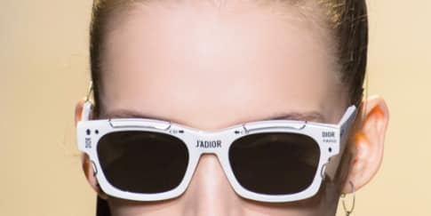 Wajib Punya: Tas dan Kacamata J'Adior