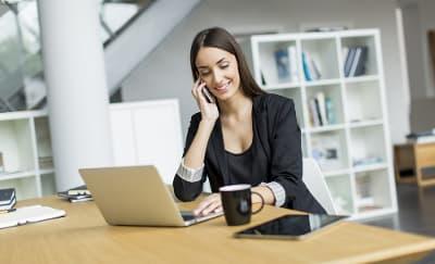 Tips Makeup agar Terlihat Profesional di Kantor
