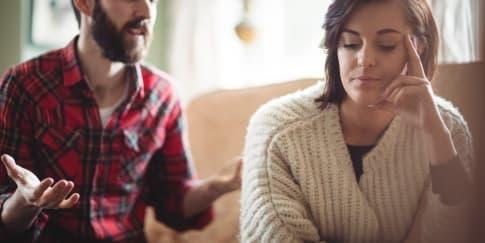 Alasan Wanita Cuek Pada Pasangan Yang Patut Diketahui
