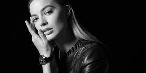 CHANEL mempersembahkan Wajah Baru J12: Margot Robbie