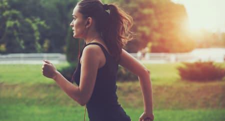 Ketahui Penyebab Nyeri Perut Setelah Jogging