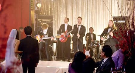 Kehebohan Video Klip Maroon 5: Wedding Crash!