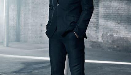 David Beckham Melebarkan Sayap bersama H&M