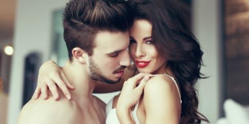 10 Cara Agar Foreplay Tahan Lama
