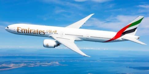 Perjalanan Cinta dengan Emirates Airlines