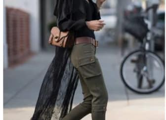 Spotted: Alessandra Ambrosio Mengenakan Bottega Veneta