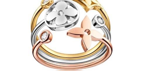 Alasan Anda Harus Mengenakan Cincin Monogram Idylle Louis Vuitton
