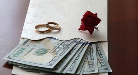 Etika Memberikan Angpao Pernikahan